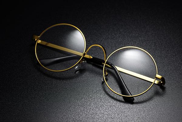 classic-round-eyeglasses-9Q5EC7R